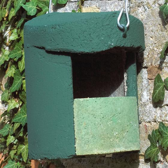 Woodcrete by Schwegler open-front nestbox product photo