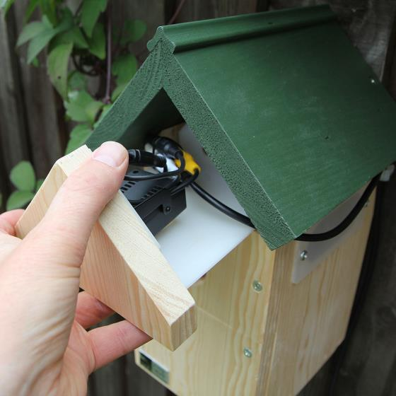 Nest box camera system product photo